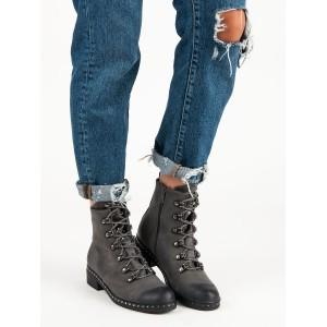 Členkové topánky sivej farby na zimu