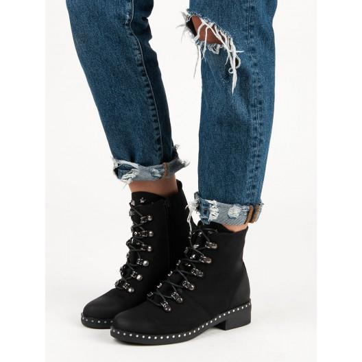 Zimné topánky dámske čiernej farby
