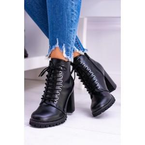Členková obuv dámska čiernej farby