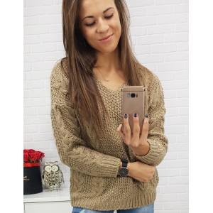 Pekné svetre pre dámy pletené béžové