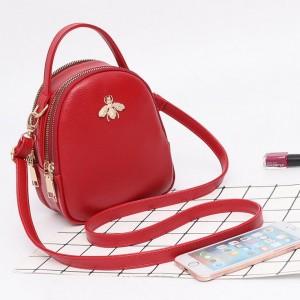 Crossbody kabelky v červenej farbe cez plece