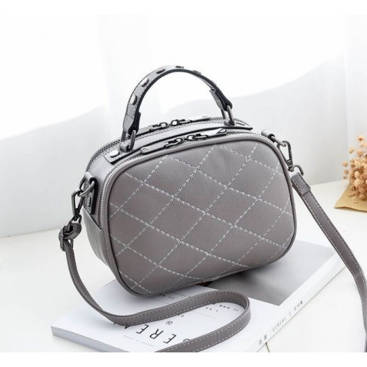 Štýlové kabelky s prešívaným vzorom sivá
