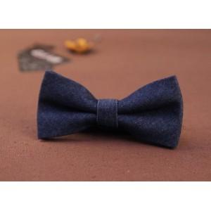 Motýlik pre chlapca v modrej farbe
