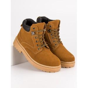 Moderné topánky v béžovej farbe