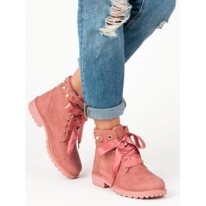 Ružové workery s trendy perličkami a saténovou mašľou