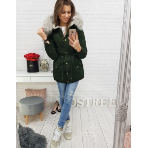Dámska bunda na zimu v zelenej farbe s kapucňou a kožušinou okolo krku