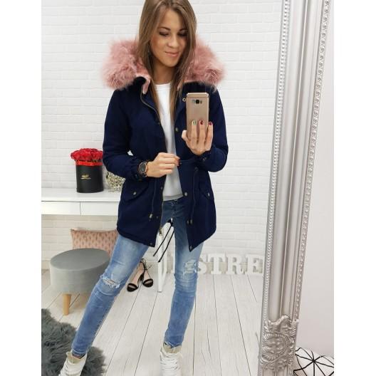 Zimná dámska bunda tmavomodrej farbe s kapucňou a ružovou kožušinou