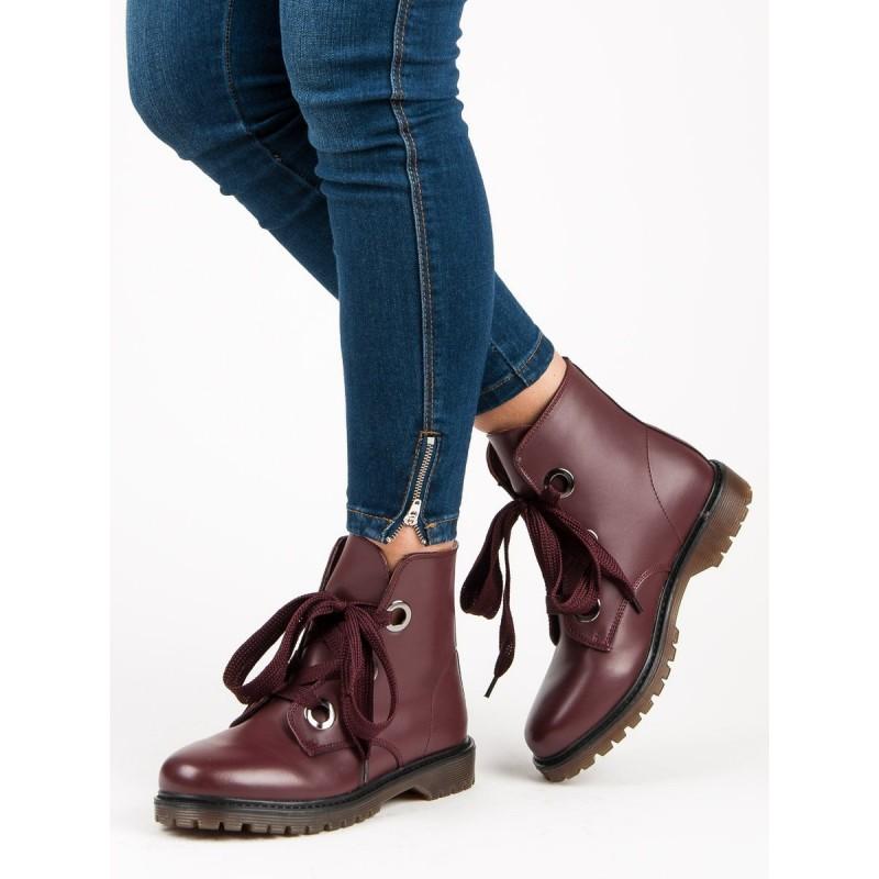 fbffc80719ba Hnedé členkové topánky s červeným odleskom na šnurovanie