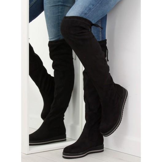 Čierne semišové čižmy nad kolená s rovnou športovou platformou