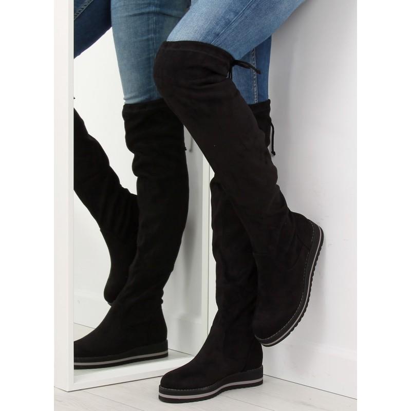 bdf8db191d10 Čierne semišové čižmy nad kolená s rovnou športovou platformou