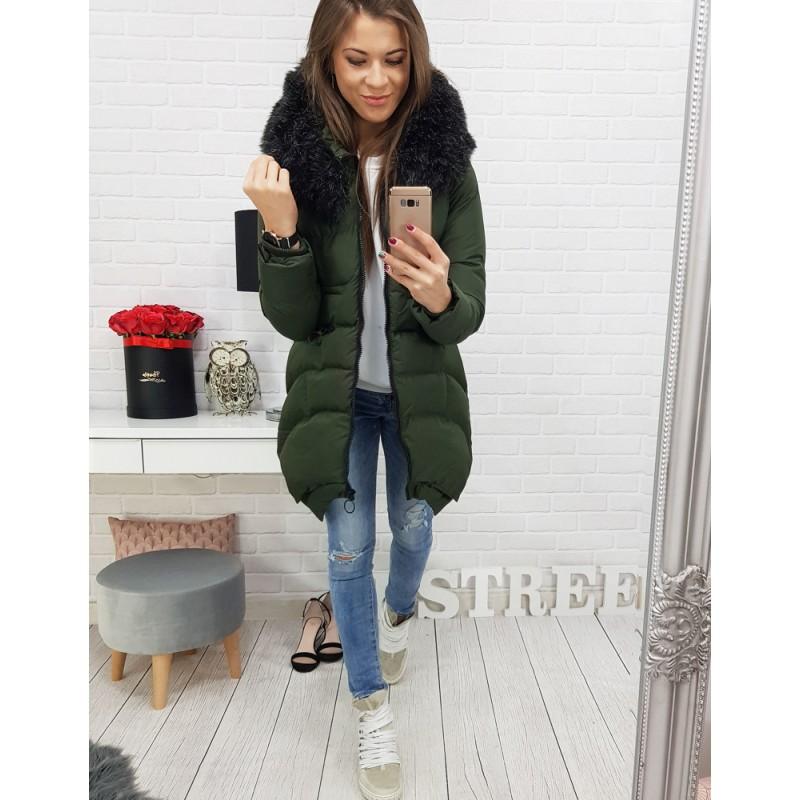 271027db902f Dámska prešívaná zimná bunda v trendy zelenej s kapucňou a kožušinou