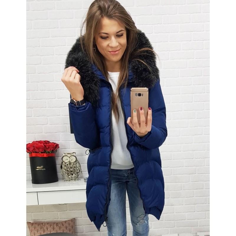 394d46baa64c Tmavo-fialová dámska zimná bunda s teplou podšívkou a kožušinou