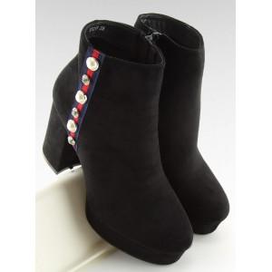 Čierne dámske kotníkové topánky na hrubom podpätku a zipsom