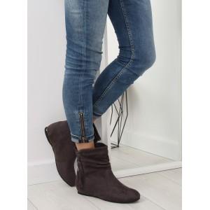 Sivé členkové topánky so strapcami a zipsom