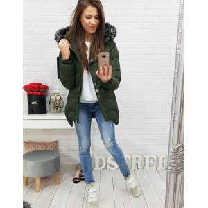 Zelená dámska bunda zimná so štýlovými cvokmi a kožušinou na kapucni