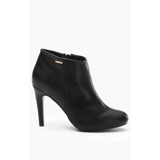 Dámske topánky na vysokom opätku čierne
