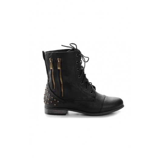 Kotníkové dámske topánky čiernej farby