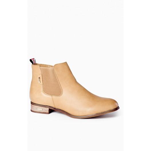 Dámske topánky béžovej farby s nízkym opätkom
