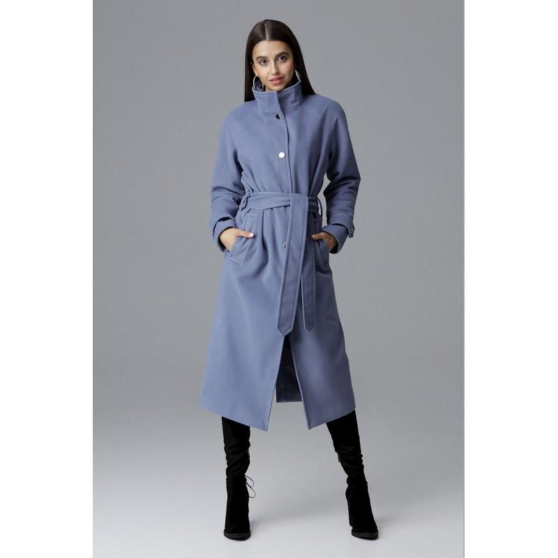 d7b1eb7bfc Dámsky dlhý kabát na zimu v svetlo modrej farbe so stojačikom a opaskom