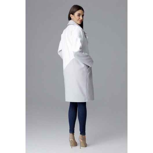 Dámsky sivý kabát na zimu s originálnym dizajnom v podobe bieleho pásu