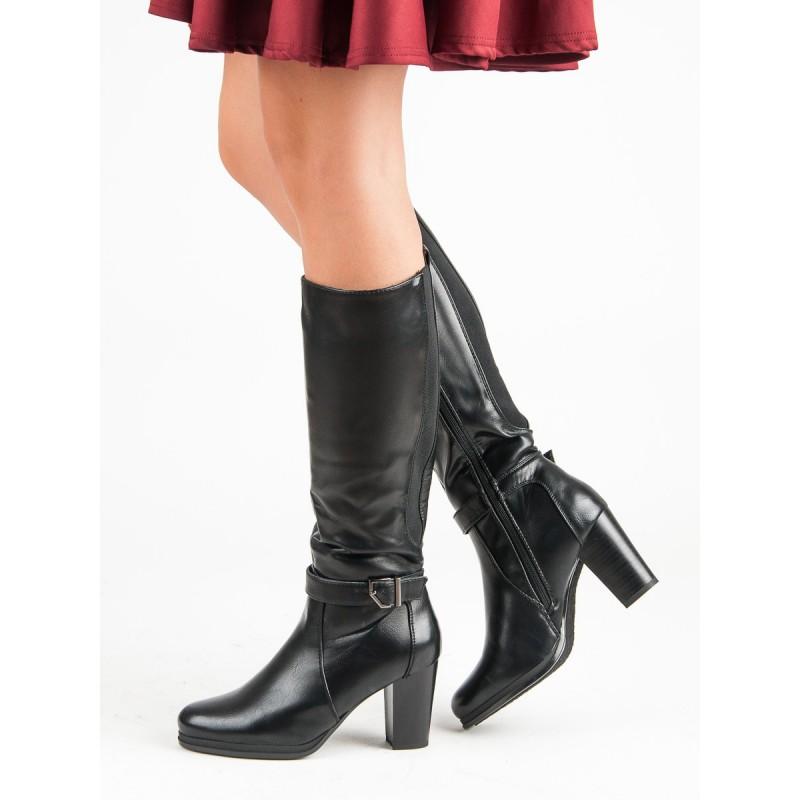 1c9569a96651 Čierne dámske čižmy pod kolená na opätku s prackou a zadnou gumou