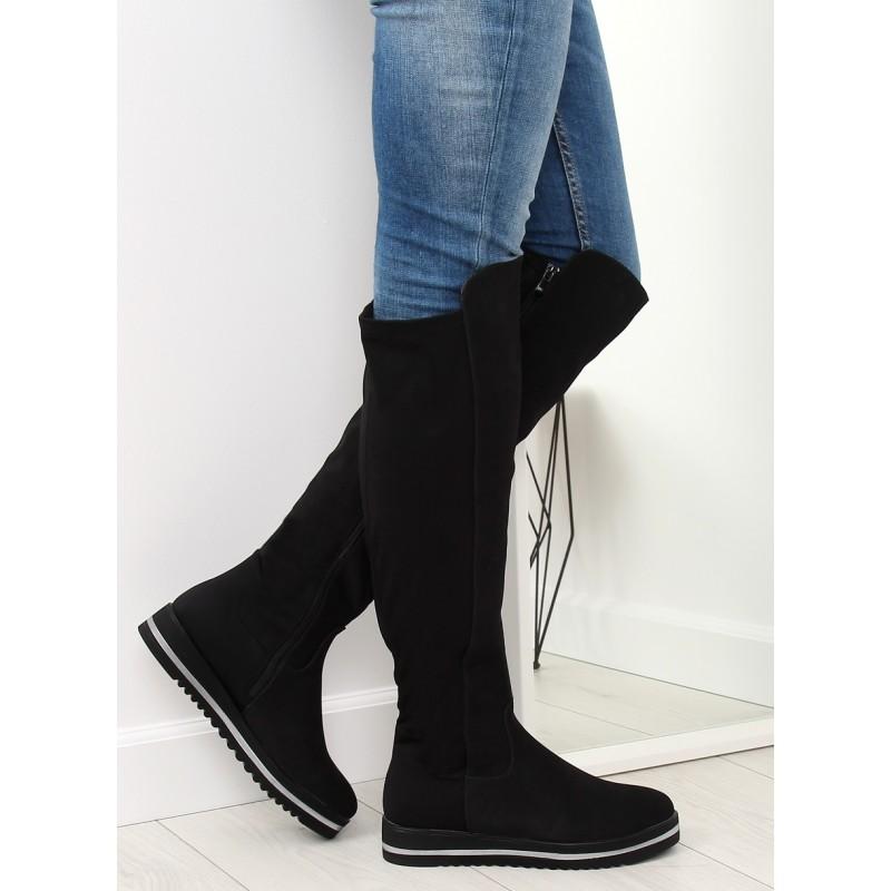 b45c355d74 Čierne dámske nízke zimné čižmy nad kolená s bočným zipsom