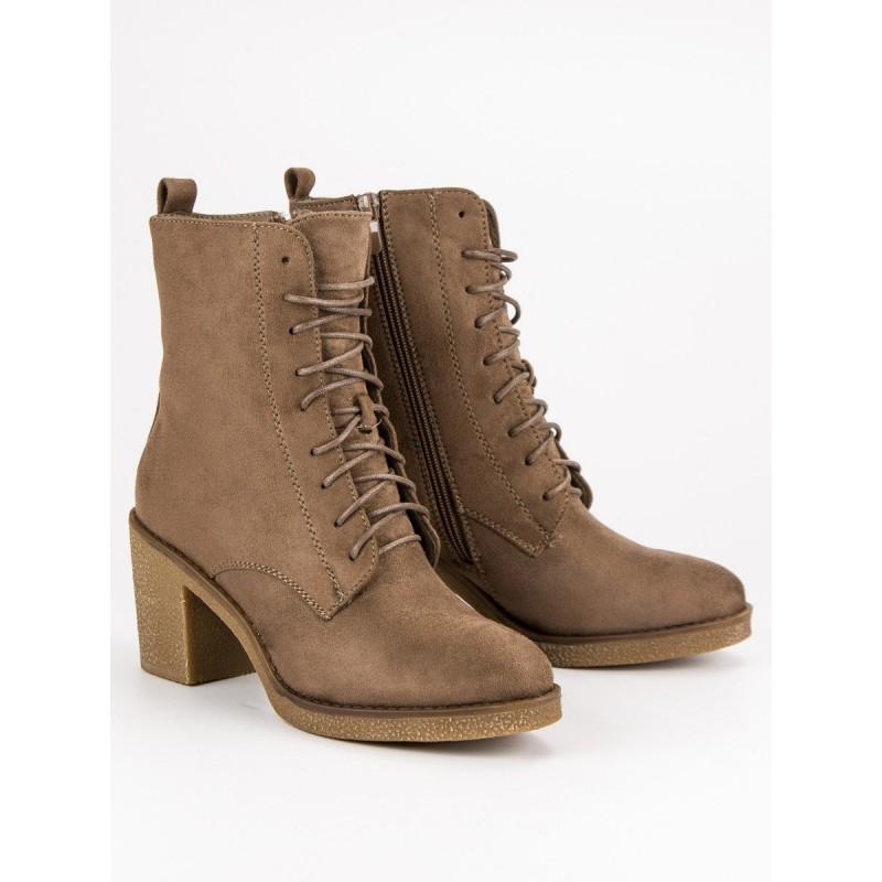 cc0d27543508 Trendy dámske semišové členkové topánky na šnurovanie v hnedej farbe