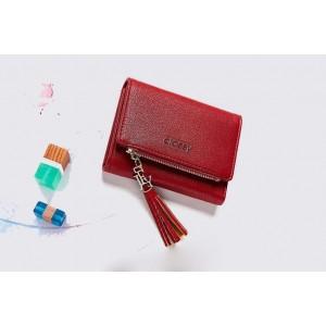 Červená dámska malá peňaženka s ozdobným strapcom