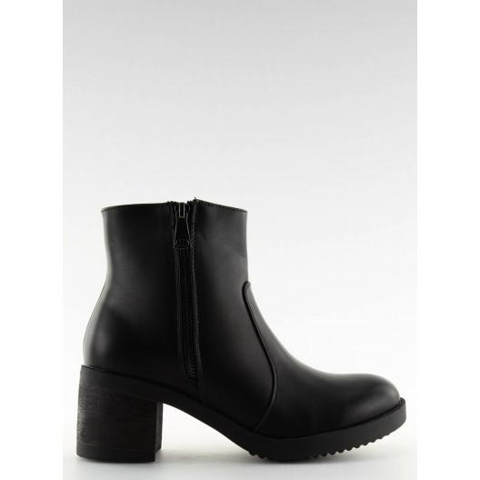 Čierne dámske členkové čižmy s dizajnovým zipsom a hrubým opätkom