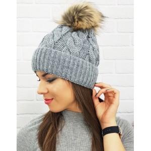 Dámska zimná čiapka s brmbolcom v sivej farbe
