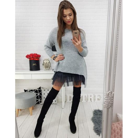 Pletený sveter pre dámy vo svetlo sivej farbe