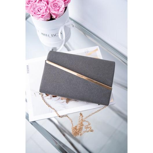 Večerná čierna dámska listová kabelka s módnou zlatou aplikáciou