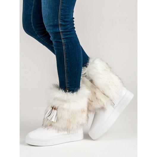 Dámske biele snehule s bohatou kožušinou a ozdobnými strapcami