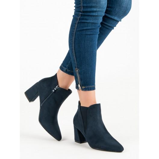 Tmavo-modré členkové topánky na štýlovom opätku s ostrou špičkou