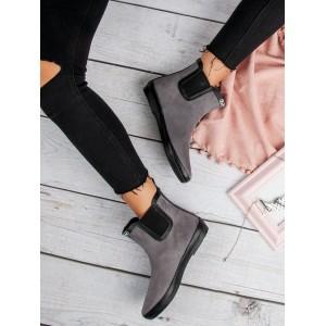 40ff8624b8e4 Chlpaté dámske semišové topánky v sivej farbe na zimu - fashionday.eu
