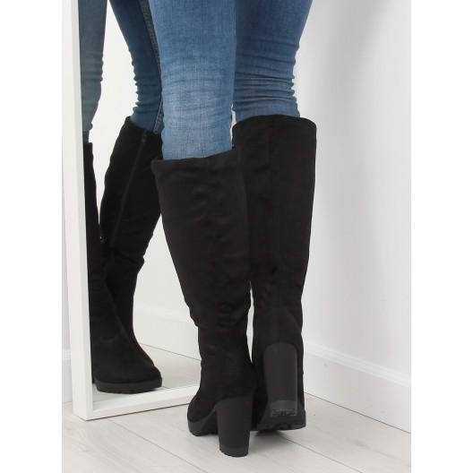 Elegantné semišové čižmy čiernej farby na zimu