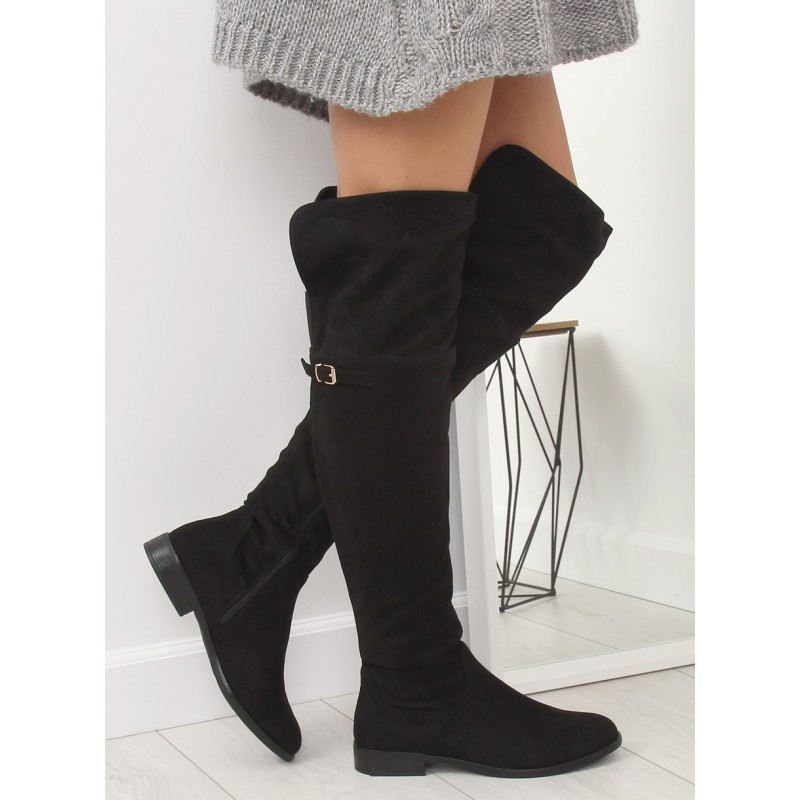 2c701697b92c Čierne semišové dámske čižmy nad kolená s decentnou prackou