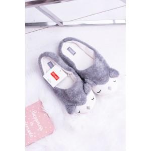 Teplé dámske papuče s motívom zvieratka v sivej farbe