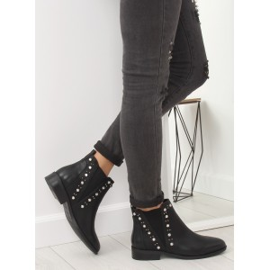 Čierne dámske zimné topánky na nízkom podpätku