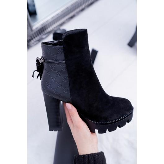 Dámske semišové zimné topánky na vysokom podpätku v čiernej farbe