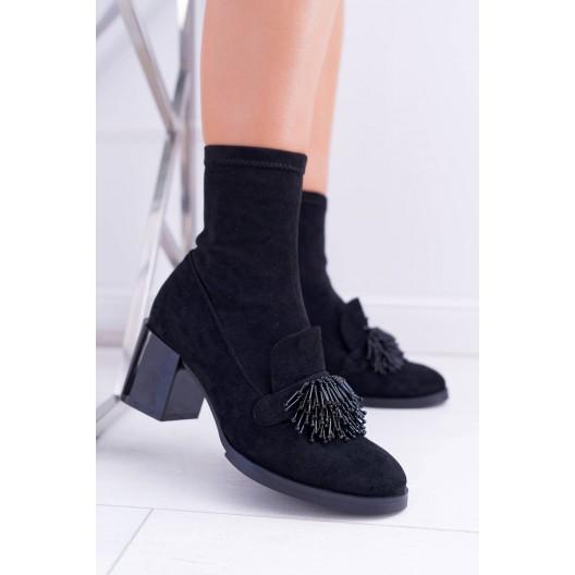 Originálne dámske čierne topánky na bočný zips a korálkovou aplikáciou