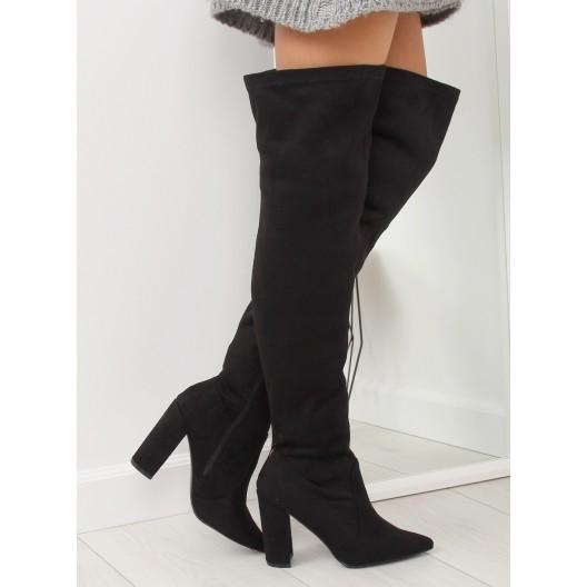 Trendy dámske muškatierky nad kolená s ostrou špičkou a na opätku