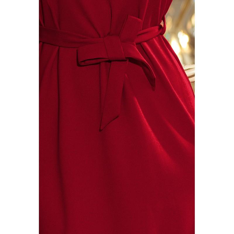 Krátke šaty na ples bordovej farby s opaskom 325f2a5d948