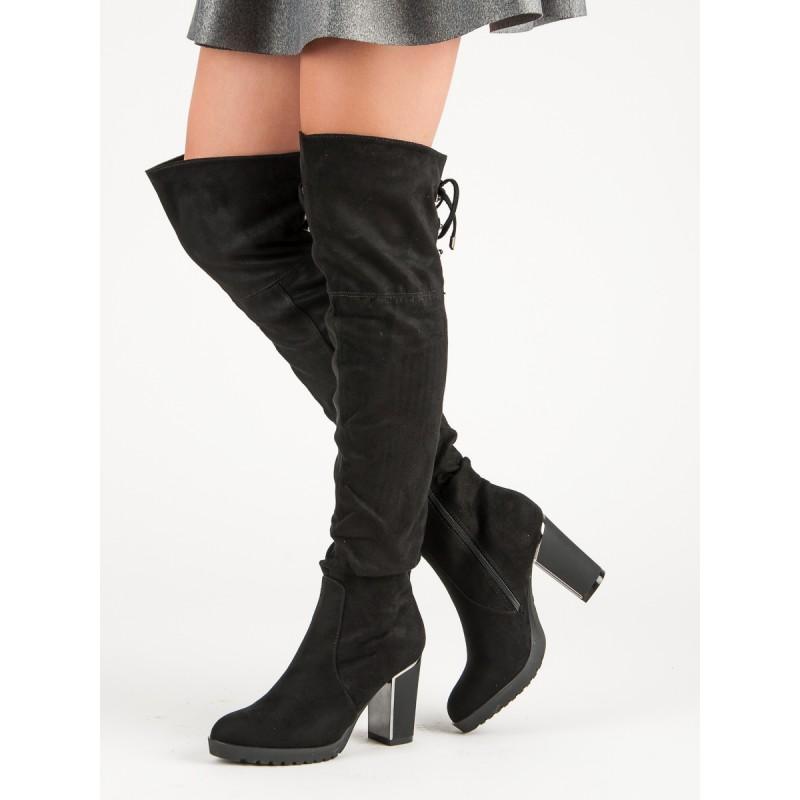 fca191a9412c Módne dámske čierne čižmy nad kolená s originálnym opätkom