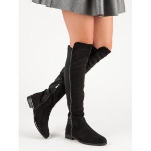 Semišové čižmy nad kolená čiernej farby s nízkym opätkom