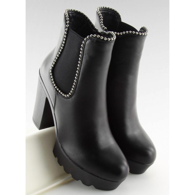 1dcaa2a016e9 Vysoké dámske čierne topánky na zimu