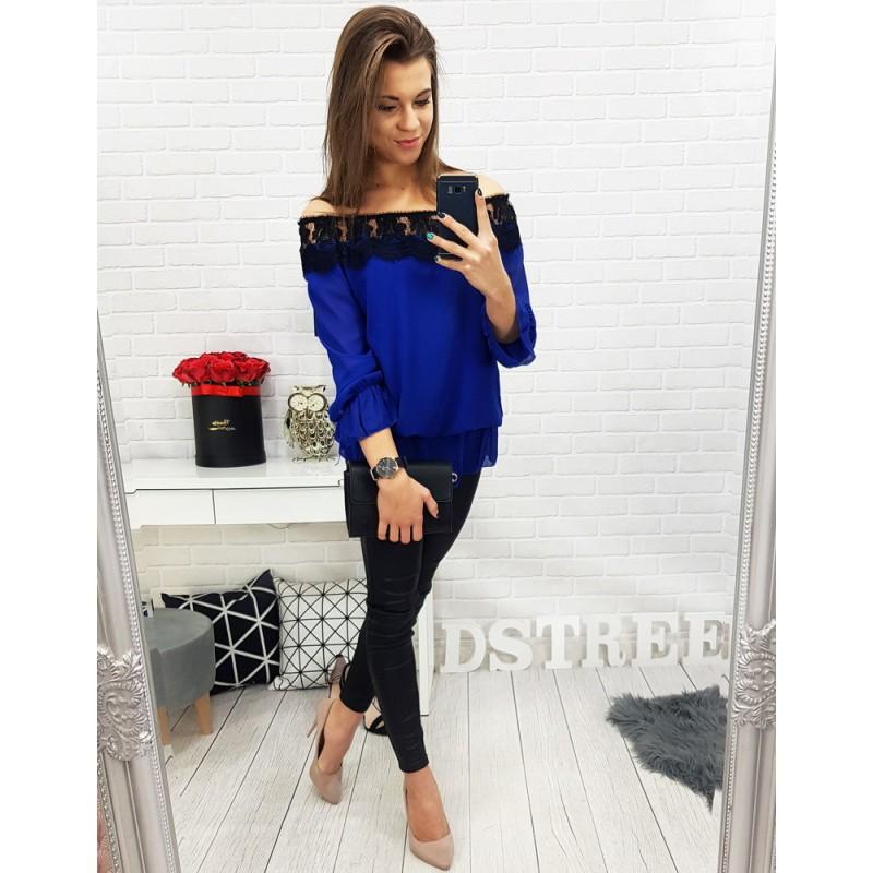 0ab59c903f Luxusná dámska blúzka vo výraznej modrej farbe s odhalenými ramenami