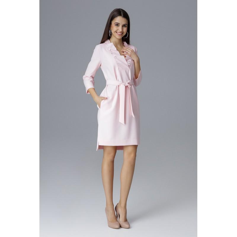 edff1a1875d5 Spoločenské šaty krátke ružovej farby s opaskom