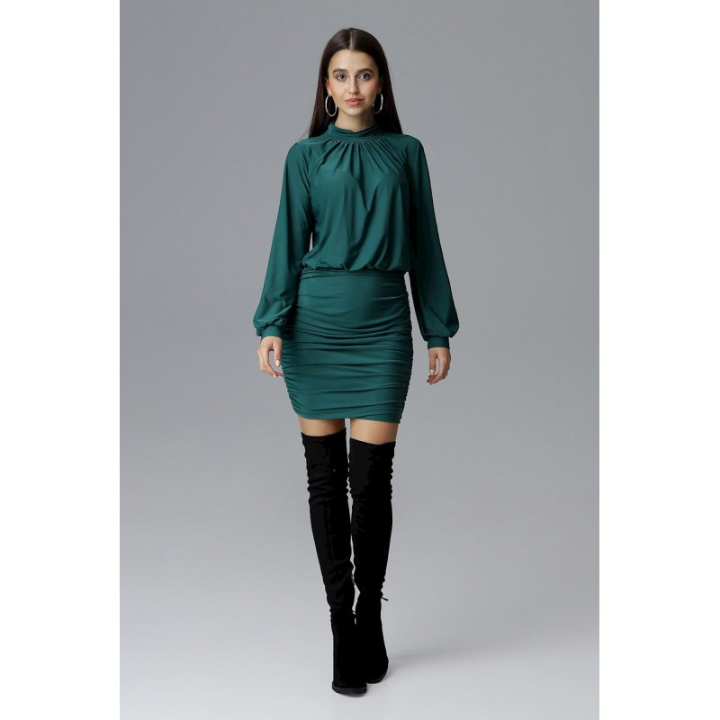 Elegantné spoločenské šaty zelenej farby s dlhým rukávom f768932ef4
