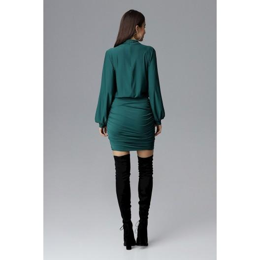 Elegantné spoločenské šaty zelenej farby s dlhým rukávom